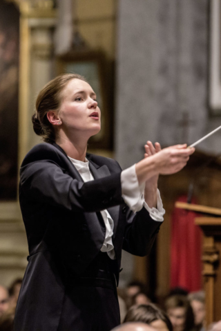 Magdalena Pawlisz, conductor
